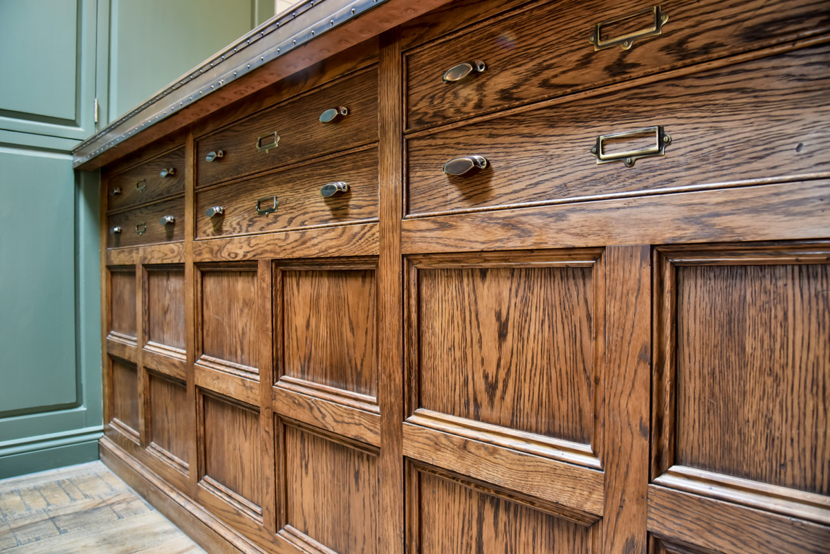We have completed bespoke commercial joinery contracts covering  the South West , including Bristol and Bath.